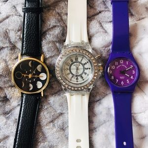 Accessories - Bundle of 3 watches 🕐✨